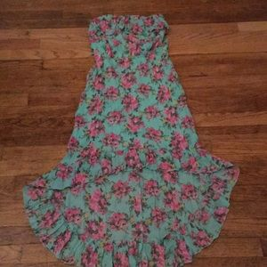 Rue21 Dresses - Floral beautiful high and low summer dress.